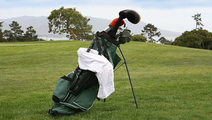 towel-on-golf-bag