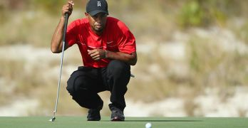 tiger-woods-plays-this-golf-ball-christian-petersen-getty-images